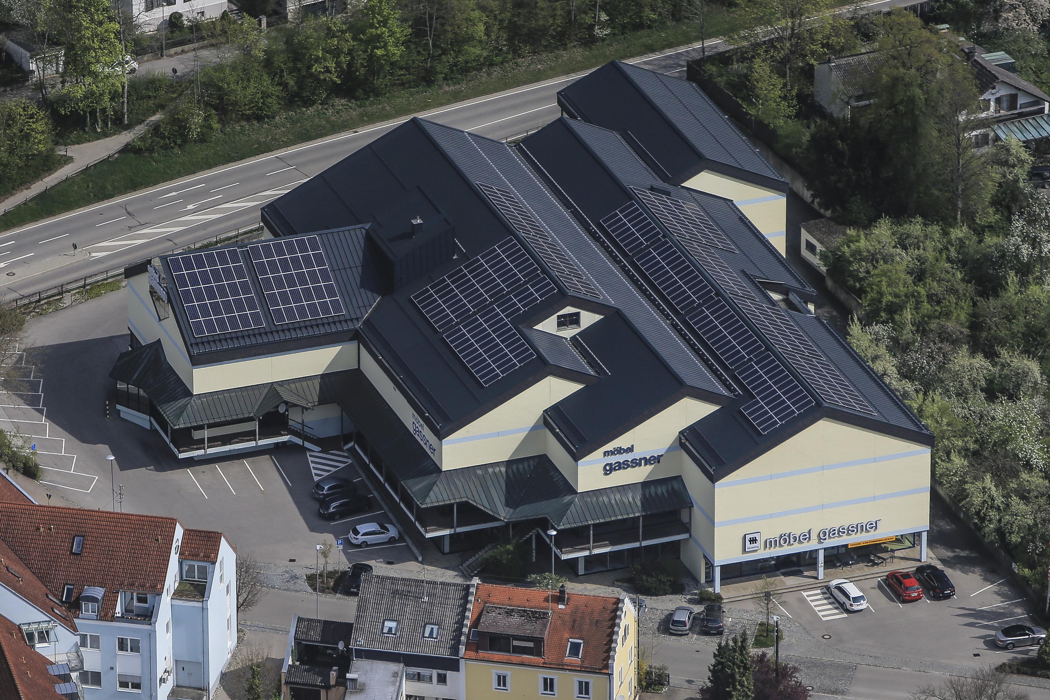 Pv Dachanlage Versorgt Möbelhaus Mit Kostengünstigem Solarstrom